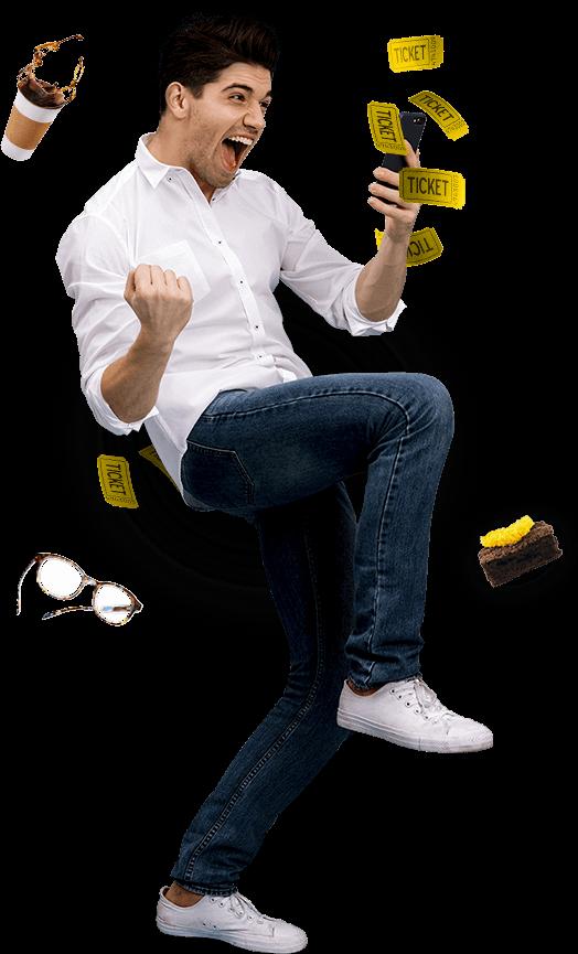 Imagen de un hombre emocionado sosteniendo un celular rodeado de varios alimentos refiriendose a los varios comercios que tiene leal